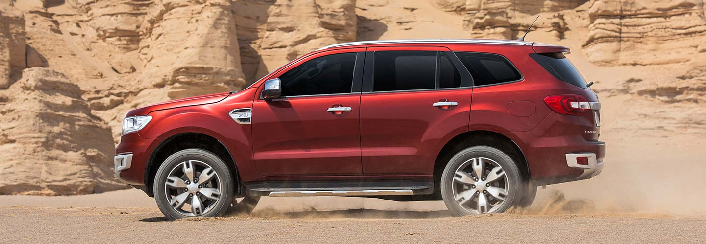 ford everest 2016 chinh phuc dia hinh