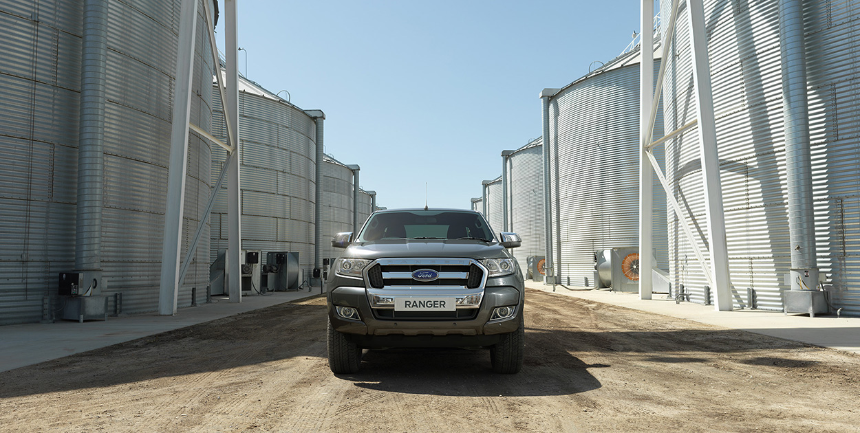 Ford Ranger XL 2.2L  MT 4x4